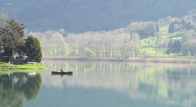 centri-storici-il-lago-di-endine